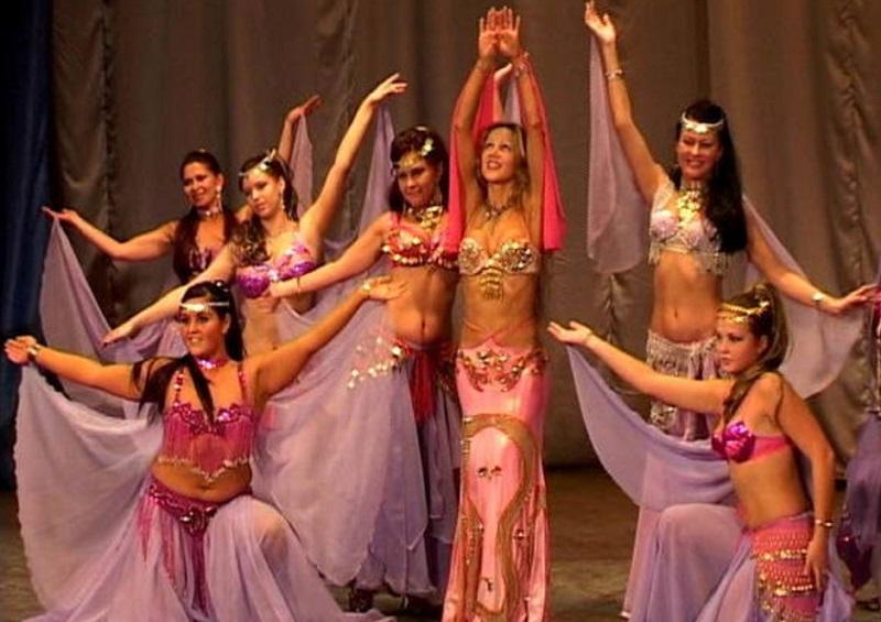 Восточные и индийские танцы во Владивостоке.