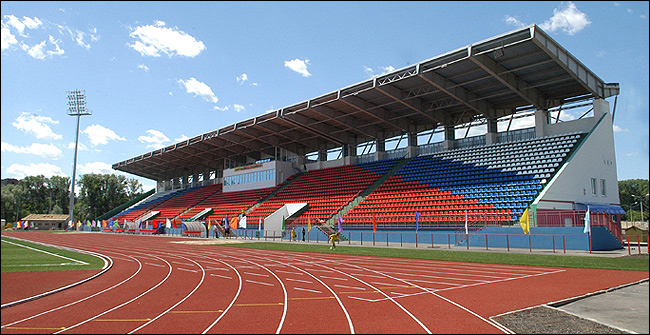 Самые вместительные стадионы в Хабаровске