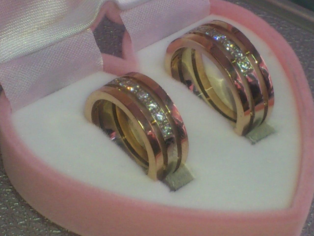 Где купить обручальные кольца во Владивостоке? Магазины обручальных колец во Владивостоке